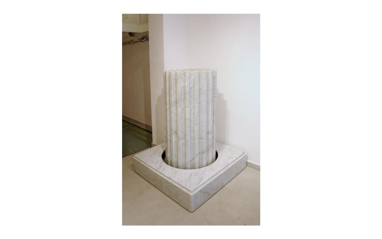 Cythera, marmo, cm 100x100, h. 137